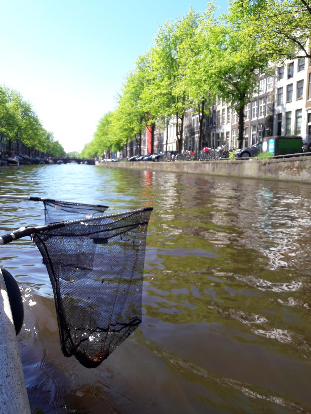 Amsterdam_plastic_fishing_rr